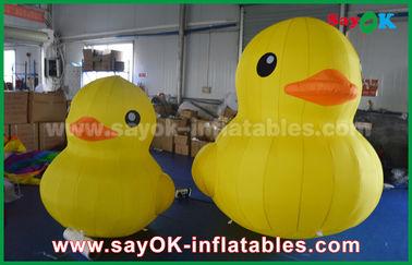 Pato inflável amarelo grande bonito dos desenhos animados da promoção com a cópia personalizada do logotipo
