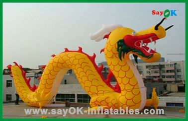 Personagens de banda desenhada infláveis do dragão chinês inflável amarelo feito sob encomenda para atividades